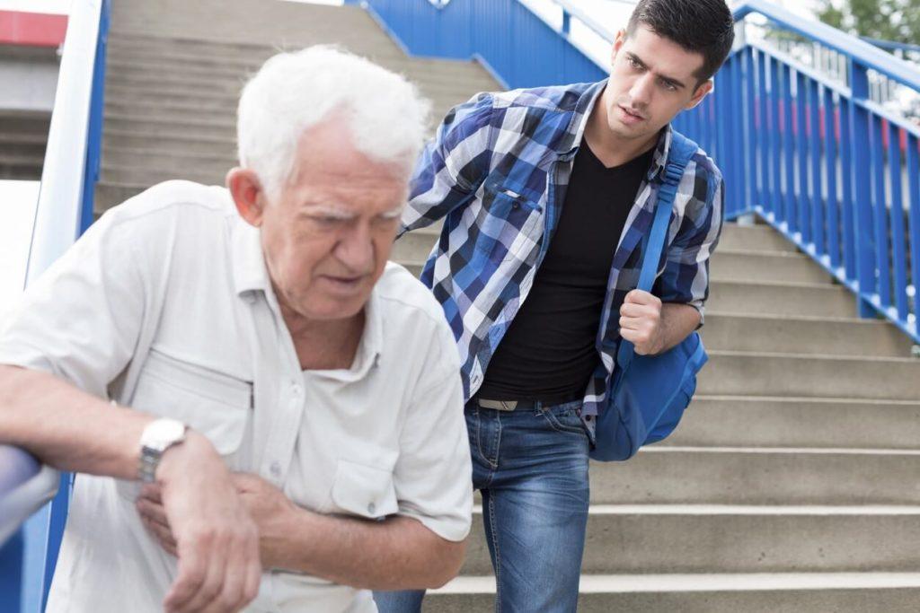 Essoufflement constant chez la personne âgée