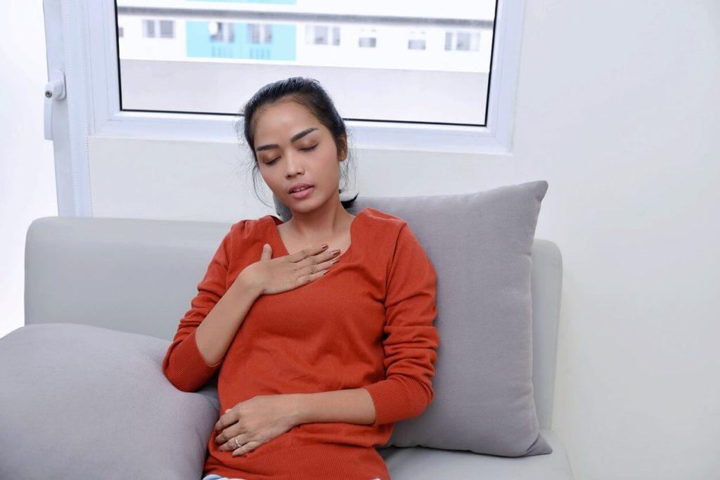 Essoufflement et douleur dans la poitrine